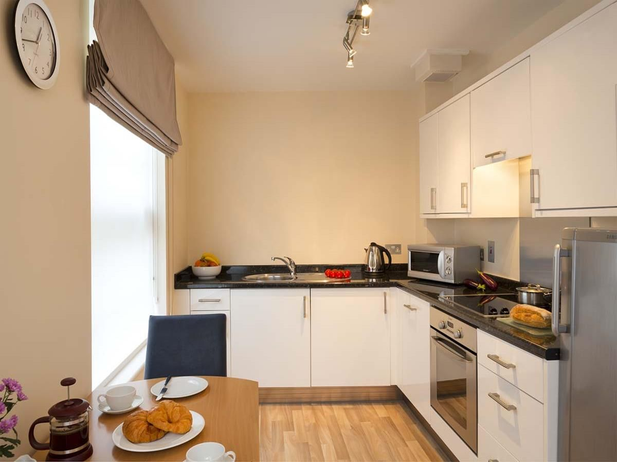 SACO Jersey Merlin House-Serviced Apartment in Jersey   Q ...